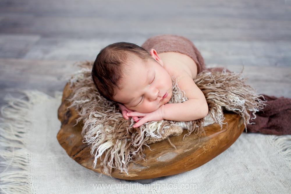 Virginie M. Photos - photographe Nord - naissance - nouveau né - bébé - studio - Croix (3)