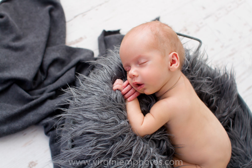 Virginie M. Photos-Photographe-nord-jumeaux-naissance-nouveau né-bébé-séance naissance-séance jumeaux-photos-studio-Croix-photographe nord (15)