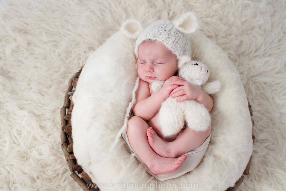 Virginie M. Photos-photographe nord-séance naissance-naissance-bébé-nouveau né-séance photos-photos-studio-parents-Croix-Lille-Nord (11)