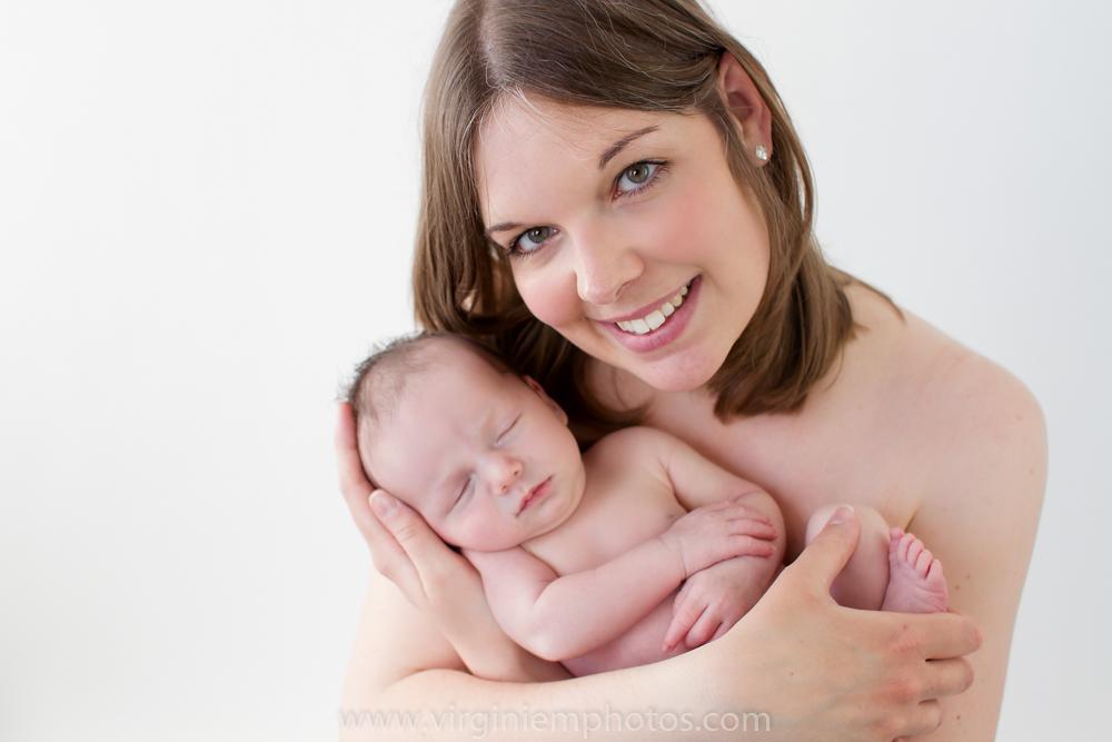 Virginie M. Photos-photographe nord-séance naissance-naissance-bébé-nouveau né-séance photos-photos-studio-parents-Croix-Lille-Nord (16)