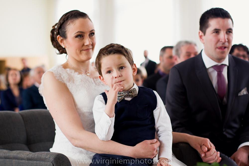 Virginie M. Photos-photographe mariage nord-photographe mariage-photographe nord-mariage-couple-Mairie (13)