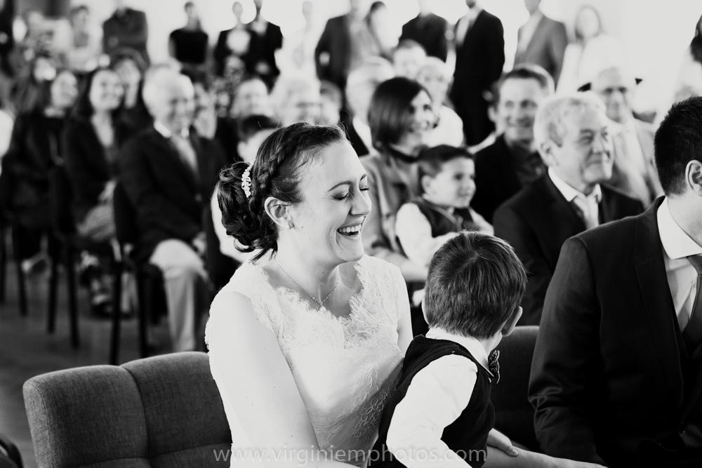 Virginie M. Photos-photographe mariage nord-photographe mariage-photographe nord-mariage-couple-Mairie (14)