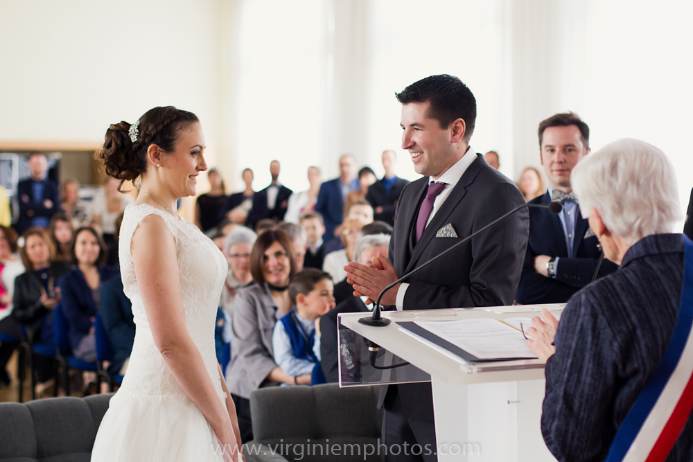 Virginie M. Photos-photographe mariage nord-photographe mariage-photographe nord-mariage-couple-Mairie (17)