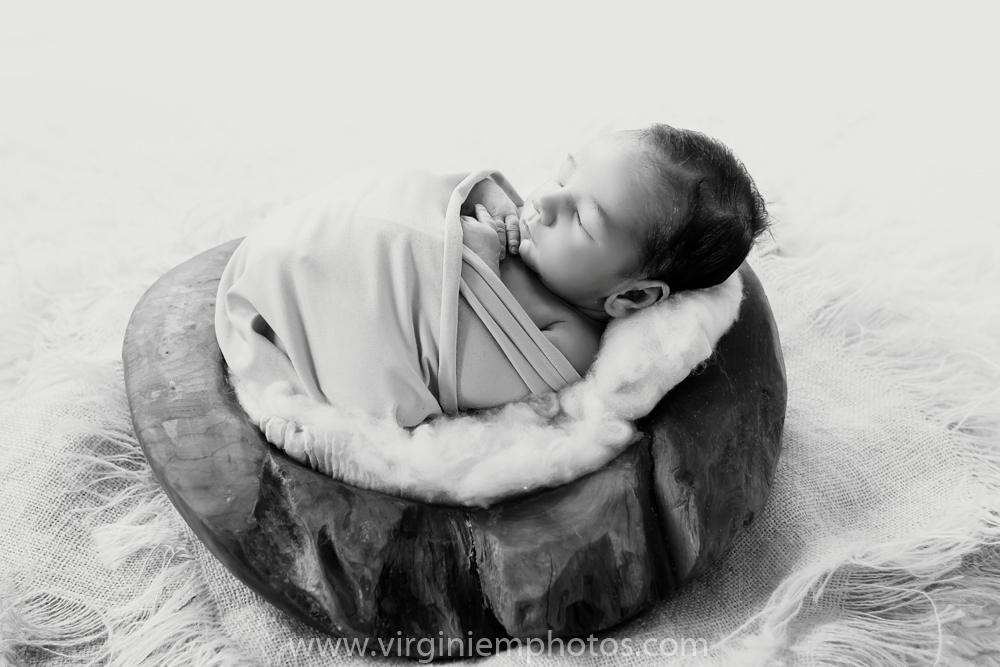 Virginie M. Photos-photographe naissance nord-nouveau né-bébé-photographe-nord-naissance-maternité-Croix (15)
