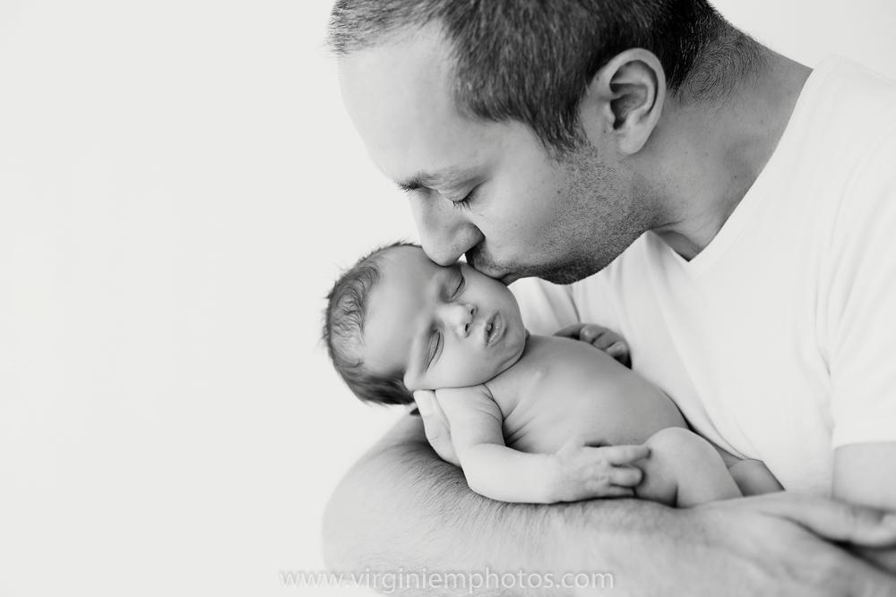 Séance naissance-studio-bébé-Lille-photographe-nord-nouveau né-famille-photographe nord-photographe Lille-Virginie M. Photos (14)