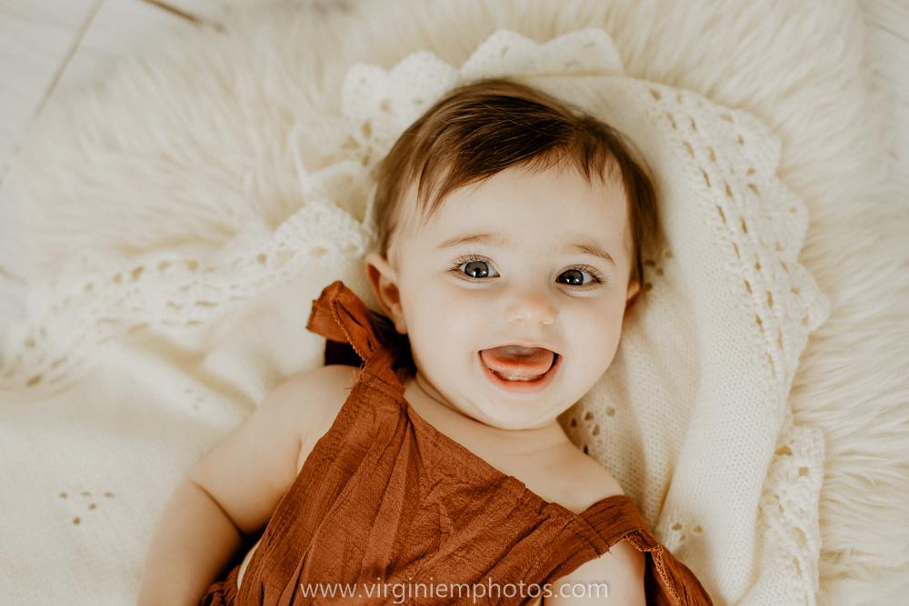 Virginie M. Photos-Photographe bébé Nord-photographe Lille-Lille-enfants-bébé-vintage-rotin-photos-studio-retro (16)