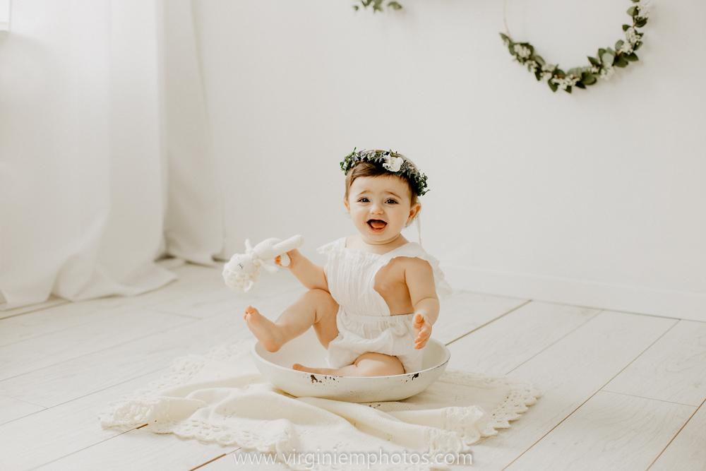 Virginie M. Photos-Photographe bébé Nord-photographe Lille-Lille-enfants-bébé-vintage-rotin-photos-studio-retro (20)