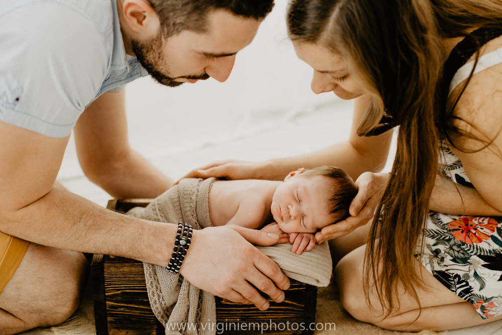Virginie M. Photos-photographe bébé Lille-photographe naissance nord-maternité-grossesse-famille-photos-Lille-végétal-naturel-studio photo (14)