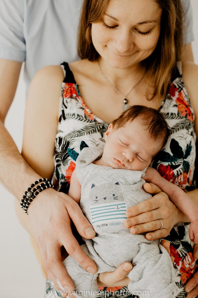 Virginie M. Photos-photographe bébé Lille-photographe naissance nord-maternité-grossesse-famille-photos-Lille-végétal-naturel-studio photo (18)