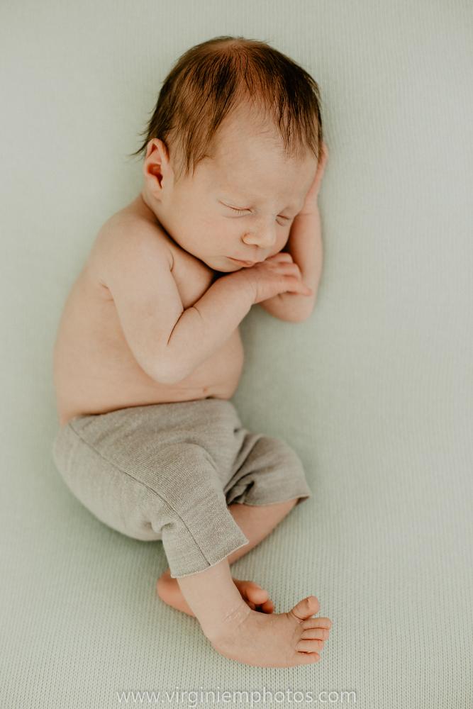Virginie M. Photos-photographe bébé Lille-photographe naissance nord-maternité-grossesse-famille-photos-Lille-végétal-naturel-studio photo (8)