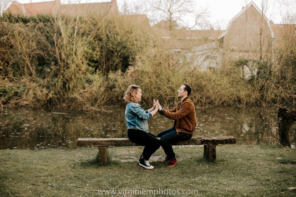 Virginie M. Photos-photographe grossesse-maternité-photographe Lille-Lille-Nord Pas de Calais-exterieur-photographe-couple-future maman-Croix (11)