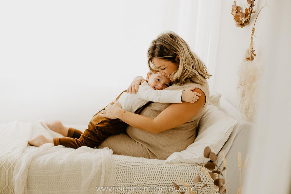 Virginie M. Photos-séance grossesse-jumeaux-maternité-photos-studio-Lille-Hauts de France (6)