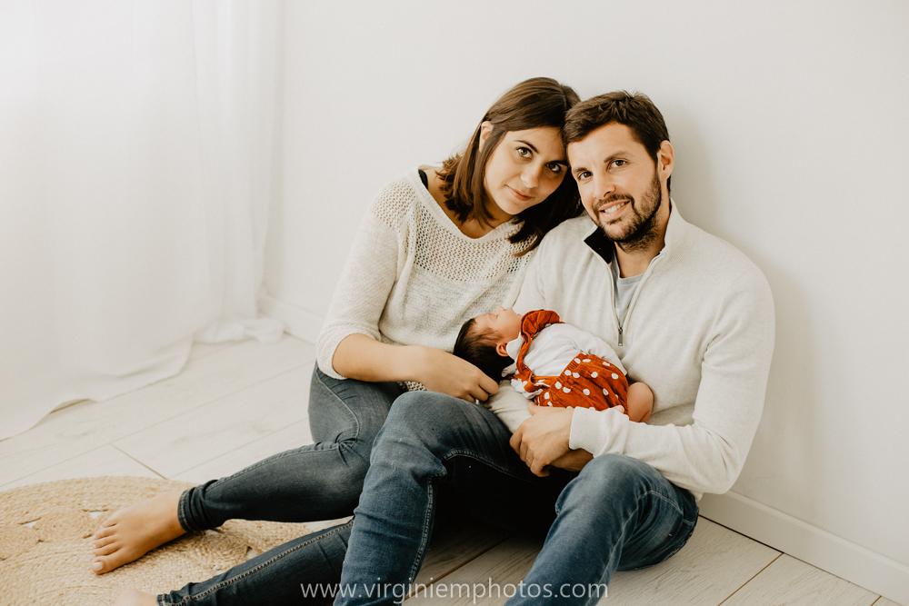 Virginie M. Photos-séance naissance-bébé-nouveau né-famille-photos-studio-photographe Lille-Croix-Nord (22)