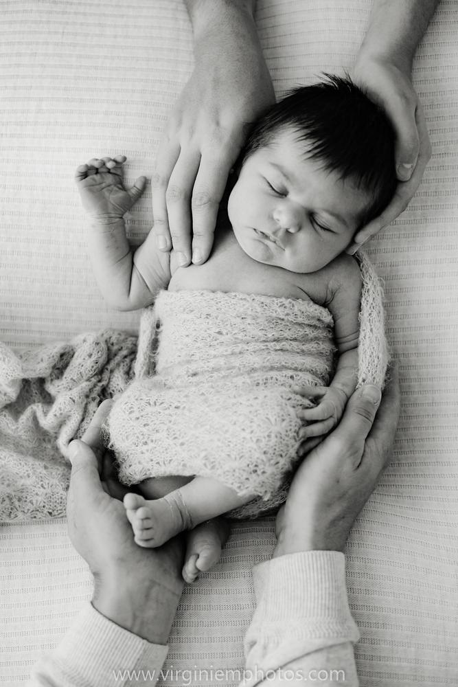 Virginie M. Photos-séance naissance-bébé-nouveau né-famille-photos-studio-photographe Lille-Croix-Nord (7)