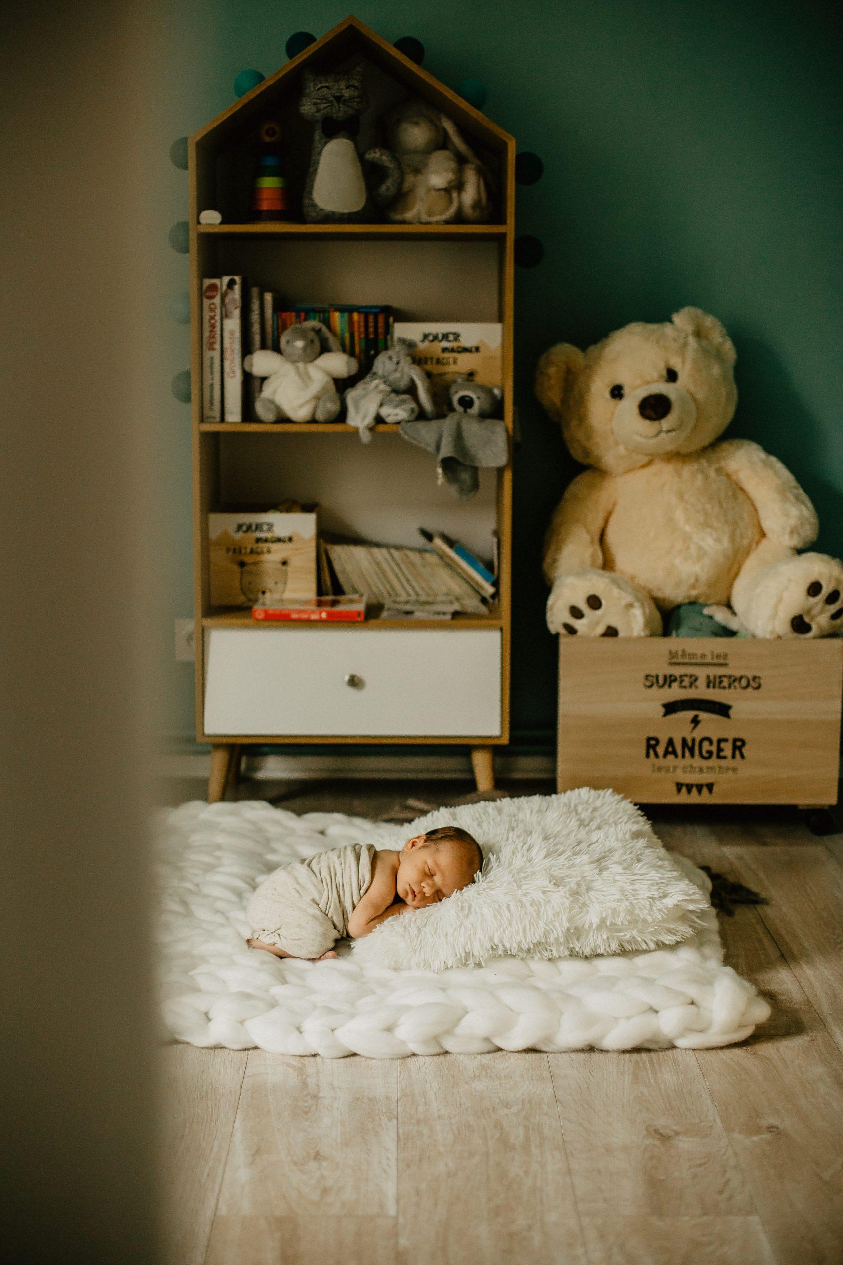 Virginie M. Photos-séance à domicile-bébé-naissance-lifestyle-amour-famille-photographe Lille-Nord-Lille-photos-nouveau né (29)