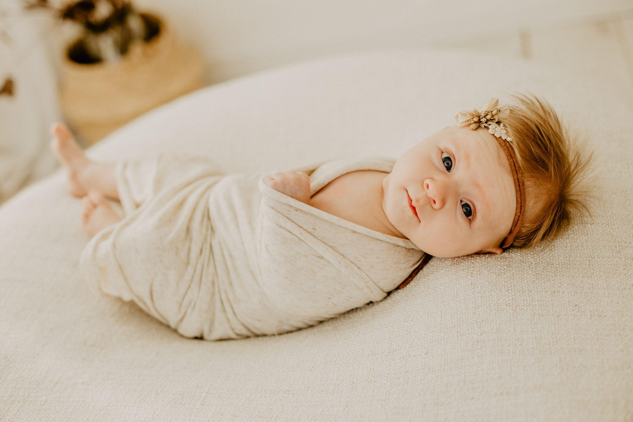 Virginie M. Photos-naissance-photos-studio-famille-portraits-séance famille-enfant-bébé-parents-Lille-Nord-Hauts de France-naturel-Croix-photographe-photographe Lille (1)