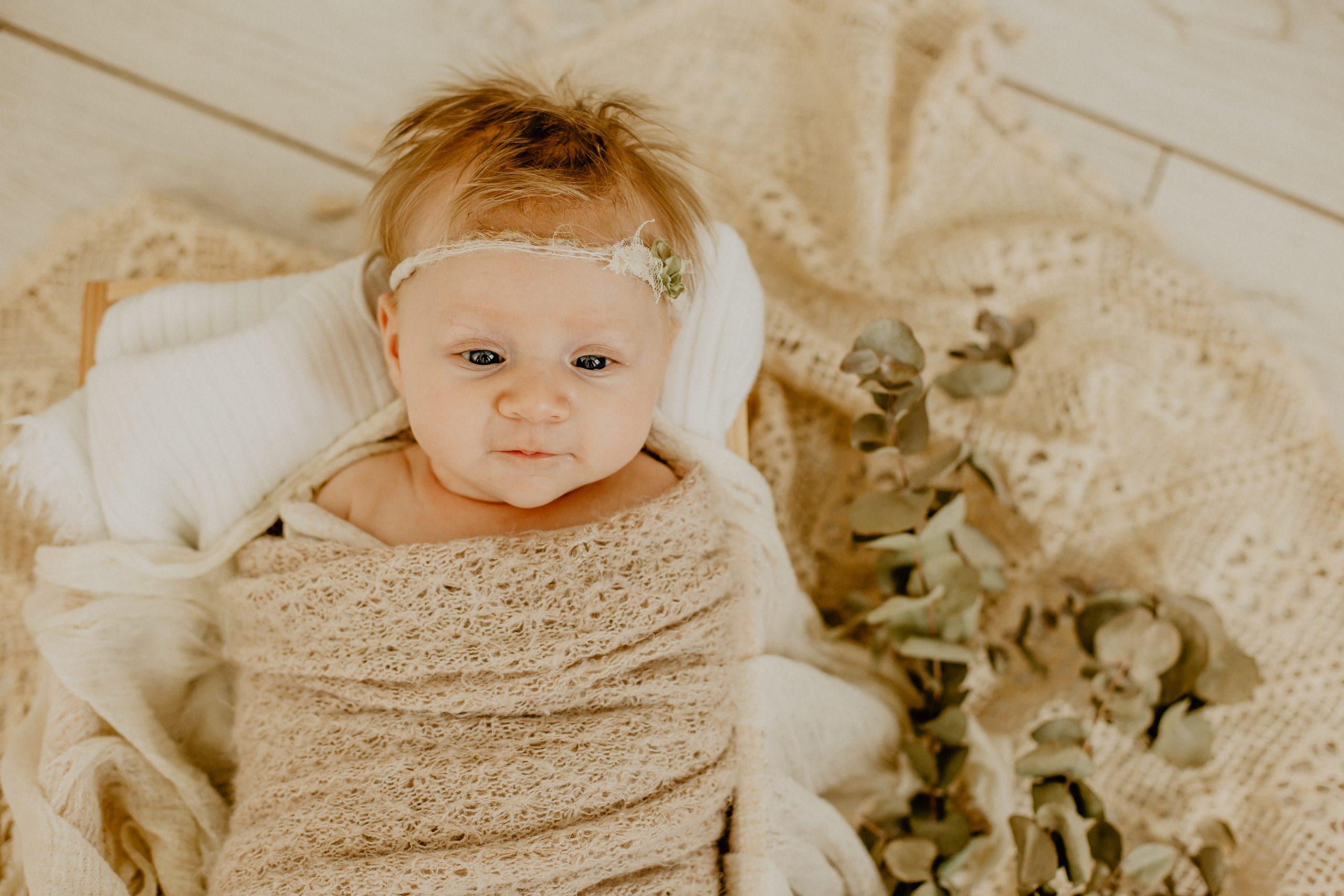 Virginie M. Photos-naissance-photos-studio-famille-portraits-séance famille-enfant-bébé-parents-Lille-Nord-Hauts de France-naturel-Croix-photographe-photographe Lille (14)