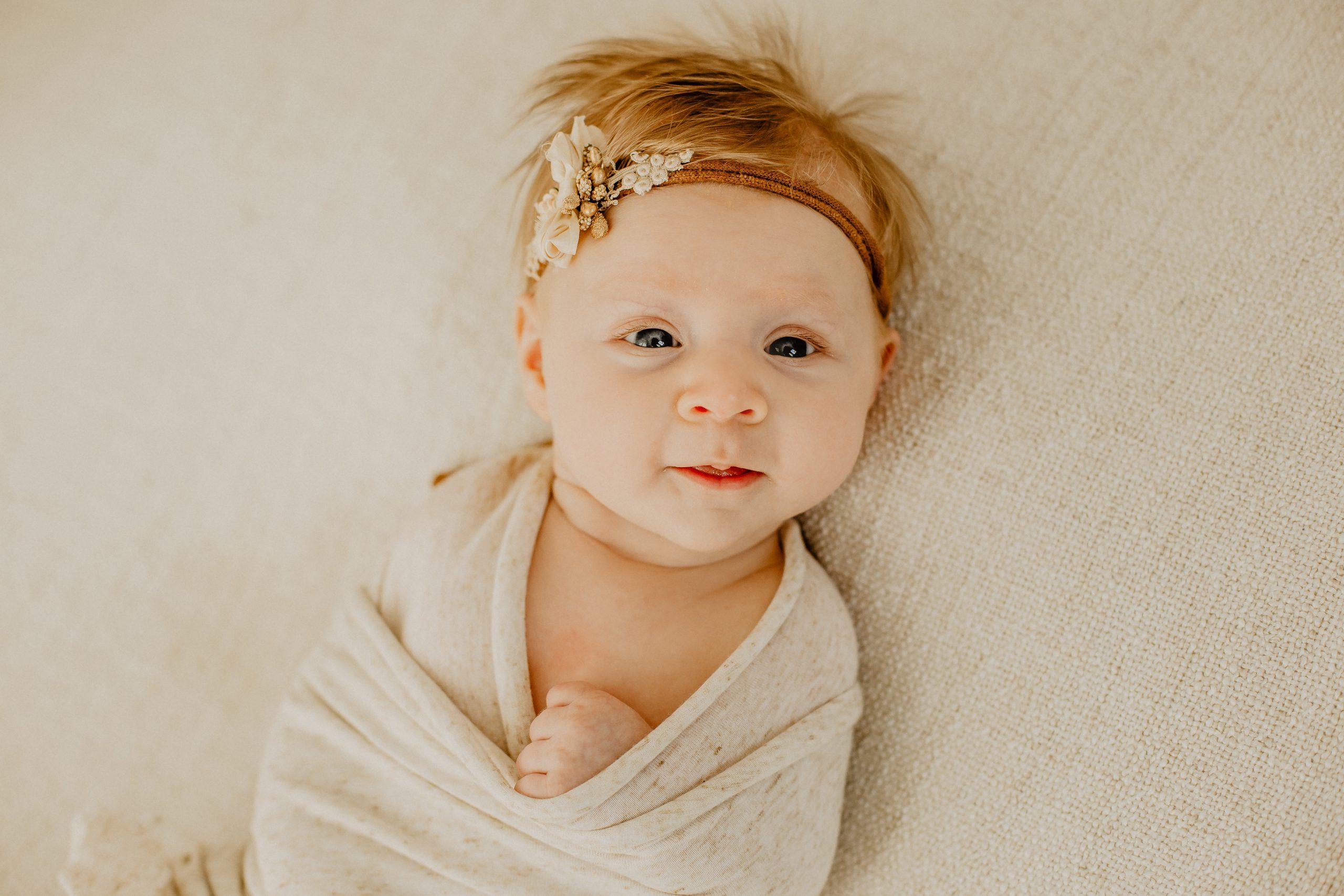 Virginie M. Photos-naissance-photos-studio-famille-portraits-séance famille-enfant-bébé-parents-Lille-Nord-Hauts de France-naturel-Croix-photographe-photographe Lille (2)