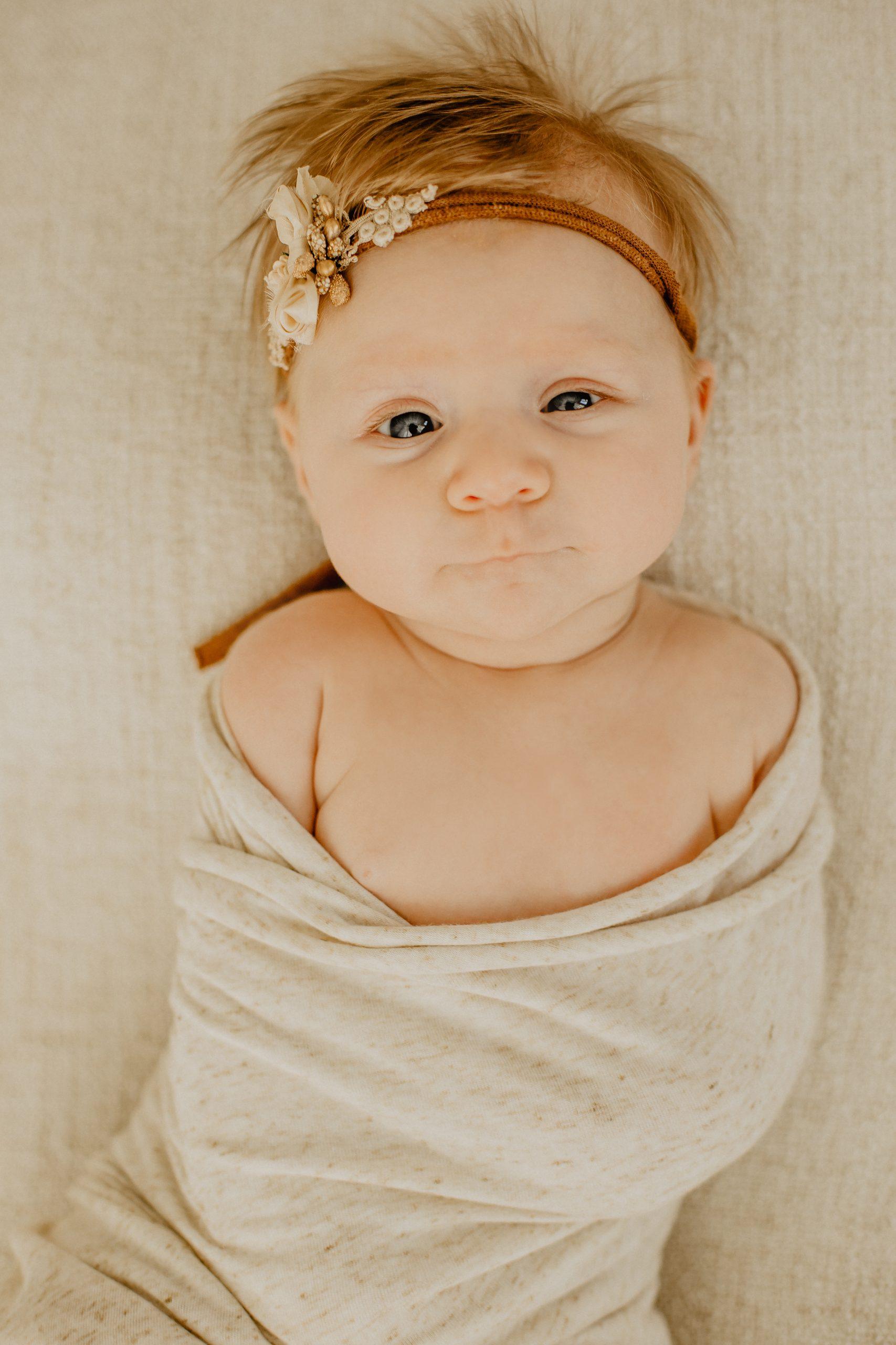 Virginie M. Photos-naissance-photos-studio-famille-portraits-séance famille-enfant-bébé-parents-Lille-Nord-Hauts de France-naturel-Croix-photographe-photographe Lille (5)